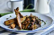 Ετοιμάστε φιλετάκια από ψαρονέφρι με μανιτάρια και κρέμα βαλσαμικού