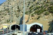 Ένας νεκρός και δύο τραυματίες σε τροχαίο σε τούνελ της Κακιάς Σκάλας