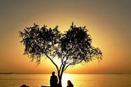 Η καρδιά που ομορφαίνει τον ουρανό της Πάτρας!