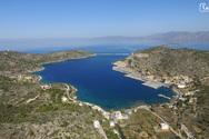 Το λιμάνι των Μεστών στη νοτιοδυτική Χίο από ψηλά (video)