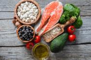 Αυτές οι τροφές ρίχνουν την ανεβασμένη χοληστερίνη