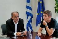Πάτρα: Mε αντιπροσωπεία της Κολυμβητικής Ομοσπονδίας Ελλάδας συναντήθηκε ο Περιφερειάρχης