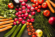 Θεσσαλονίκη: Άποροι προμηθεύονται επί 6 χρόνια λαχανικά