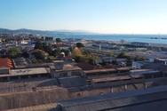 Εναέρια περιήγηση στην παραλιακή ζώνη της Πάτρας (video)