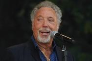 Ο Τομ Τζόουνς ακυρώνει συναυλίες του λόγω ασθενείας