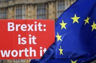 Κομισιόν: Προετοιμαστείτε για κάθε σενάριο Brexit