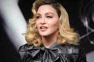 Η Madonna ποζάρει στο φακό με τα έξι παιδιά της!