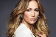 H Jennifer Lopez σχεδιάζει διακοπές στη Μύκονο