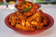 Ριγκατόνι με σάλτσα φέτας και γαρίδες