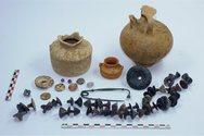 Αλιβέρι: Εντυπωσιακά ευρήματα από την ανασκαφή νεκροταφείου (pics)