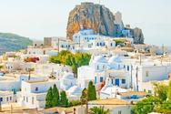 Σε υψηλούς ρυθμούς εξακολουθεί να κινείται η τουριστική κίνηση στη Ρόδο