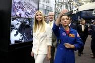 Τη NASA επισκέφθηκε η Ιβάνκα Τραμπ (φωτο)
