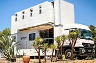 Φορτηγό μετατρέπεται σε ξενοδοχείο με ρόδες (video)