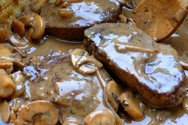 Φτιάξτε μοσχαράκι με σάλτσα μανιταριών