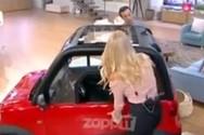 Παραλίγο ατύχημα με το αυτοκίνητο στο Πρωινό (video)