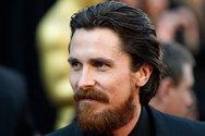 Αγνώριστος ο ηθοποιός Christian Bale