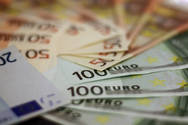 Πάτρα: Ούτε για ανέκδοτο η αύξηση μισθών! - Στα 300 με 400 ευρώ η εργασία