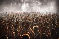 Έρχεται μείωση του ΦΠΑ στις συναυλίες