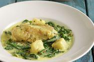 Μαγειρέψτε πεσκανδρίτσα στην κατσαρόλα αυγολέμονο