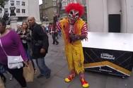 Οι πιο πρωτότυπες μεταμφιέσεις για το Halloween (video)