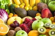 Γιατί πρέπει πάντα να ξεπλένεις τα φρούτα