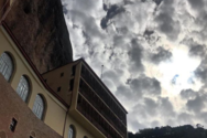 Η Ιερά Μονή της Αχαΐας που προκαλεί δέος (pics+video)