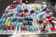 Πάτρα: Πωλούσε παράνομα παπούτσια