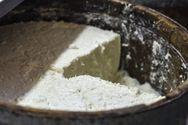 Κεφαλονιά: H «μούγδα» είναι το μυστικό συστατικό που κάνει ανάρπαστο το βαρελίσιο τυρί της