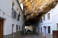 Setenil de las Bodegas - Η βραχώδης πόλη της Ισπανίας