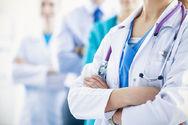 Θύματα «μπούλινγκ» το 53% των Ελλήνων ιατρών και νοσηλευτών