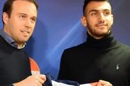 Ολλανδία: Παρουσίασαν Έλληνες ποδοσφαιριστές με χωριάτικη σαλάτα (video)