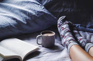 Πρέπει να κοιμάσαι με κάλτσες ή όχι;