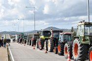 Δυτική Ελλάδα: Οι αγρότες κλείνουν την Ιόνια Οδό