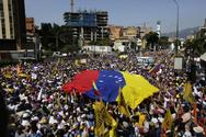 Η Κίνα απευθύνει έκκληση στη Βενεζουέλα για συνομιλίες