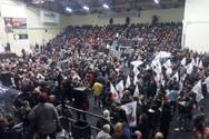 Πάτρα: Η συγκέντρωση της Λαϊκής Συσπείρωσης έγινε, οι αφίσες θα φύγουν;