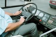 Οδηγός σχολικού λεωφορείου λιποθύμησε στο τιμόνι