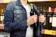 Πάτρα: Έκλεψε οινοπνευματώδη ποτά από κατάστημα τροφίμων