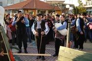 Δράμα: Το θρακιώτικο έθιμο του Καλόγερου αναβιώνει και φέτος στο Καλαμπάκι
