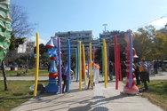 Η πλατεία στα Ψηλαλώνια της Πάτρας γέμισε από παιδιά, χρώμα και καρναβάλι (pics)