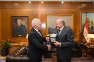 Συνάντηση Ευάγγελου Αποστολάκη με τον Πρέσβυ της Αιγύπτου (φωτο)