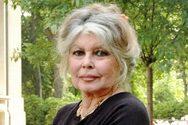 Η Ρεϋνιόν κατέθεσε μήνυση εναντίον της Brigitte Bardot!