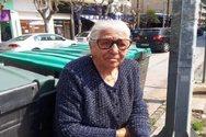 Θύελλα αντιδράσεων για τη σύλληψη της 90χρονης που πωλούσε παντοφλάκια - Τι λέει η κόρη της