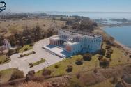 Drone πέταξε πάνω από το Παλατάκι, το δημοφιλές νεοκλασικό κτίριο της Θεσσαλονίκης (video)