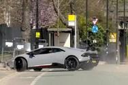 Οδηγός Lamborghini έχασε τον έλεγχο και κατέληξε πάνω σε ένα δέντρο (video)