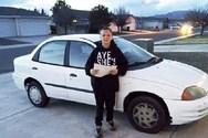 13χρονος έκανε δώρο στη μητέρα του ένα αυτοκίνητο (φωτο+video)