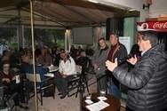 Ο Δήμαρχος Πατρέων μίλησε σε συγκέντρωση κατοίκων