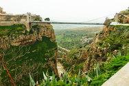 H παράξενη πόλη με τις γέφυρες στην Αλγερία