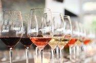 Ιδιαίτερη προτίμηση σε Γαλλικά και Ιταλικά κρασιά έχουν οι 'Ελληνες