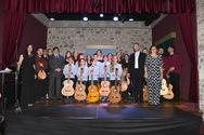 Το κοινό της Πάτρας απόλαυσε τις υπέροχες μελωδίες του Μάνου Χατζιδάκι!