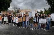 Μαθητική πορεία για το κλίμα στο κέντρο της Αθήνας